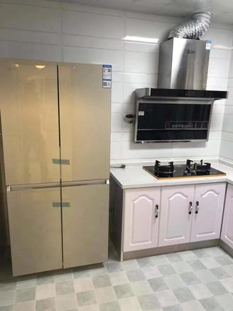 急售K647诗城小学附近96平米3室2厅精装还带20平米平台