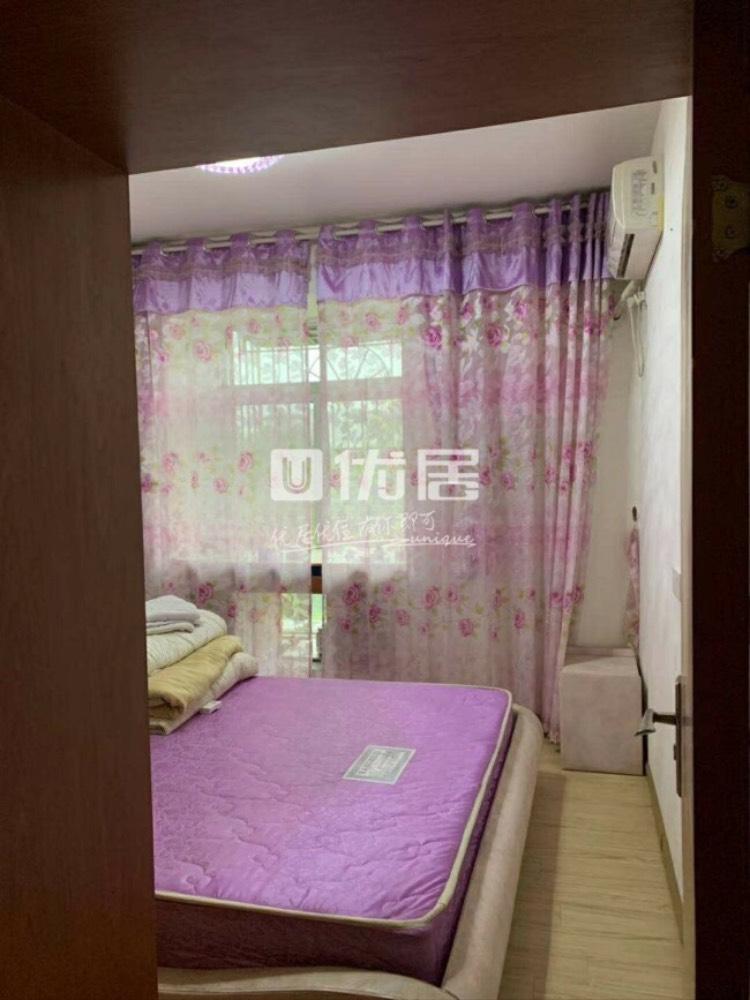 出租火车站附近精装2室3厅带卫浴,家具家电齐全可拎包入住
