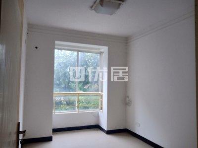 出售巴登广场附近精装修房屋大三室可拎包入住