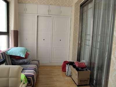 太白桥附近,精装2室,拎包入住,带大阳台。