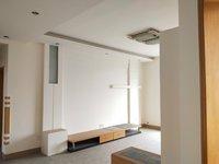 华丰学校附近,大两室两厅,黄金楼层。