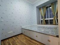 豪华装修3室2厅1卫0阳台,拎包入住,采光空气都很好!