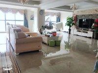 房子是两套打通了的.每套106平方,精装修,满两年!