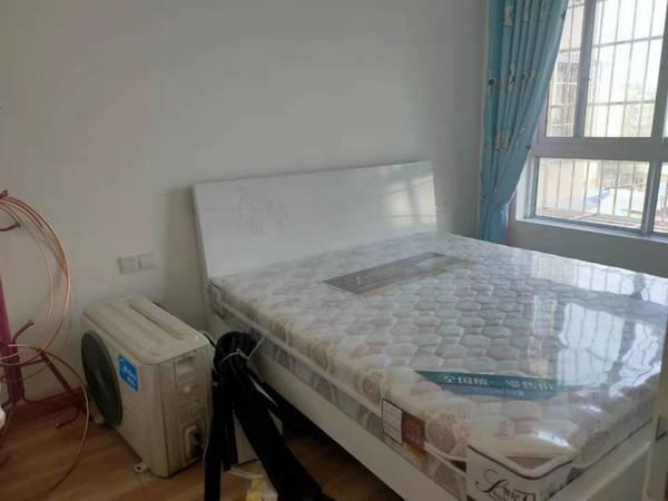 出租 带车位60/月 江油博文银座3室2厅1卫95平米1500元/月住宅