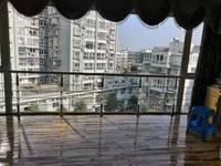 诗城本校学区房,采光好,装修大气,可以改4室