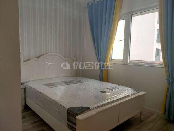 三桥片区宝龙广场对面 上海城三期 精装三室两厅双卫 家具家电齐全 可按揭拎包入住