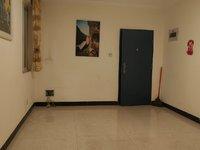 房屋户型方正,价格美丽,小区环境舒适