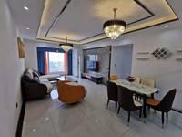 宝龙广场附近精装房 户型方正 采光很好 价格可谈 随时可以看房