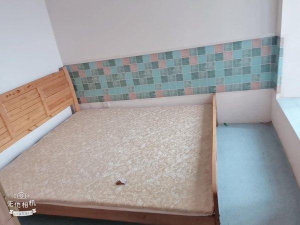 江安花园二期租房2厅1卫,电梯房。租金便宜,中介勿扰