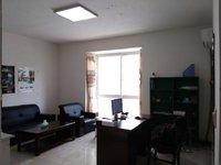 西山小区步梯黄金楼层简装三室干净整洁证件齐全