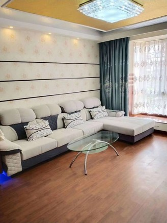 出售圣地雅园3室2厅2卫118平米56万住宅