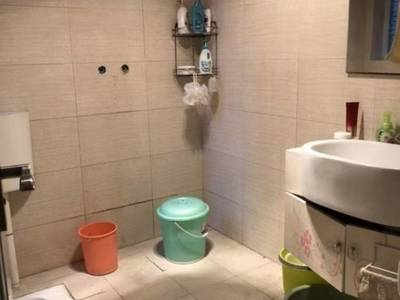 出售滨江华城D区2室2厅1卫91.29平米52万住宅