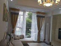 西山片区精装3室、带一个阳光房。产权面积120平米。证齐、支持按揭