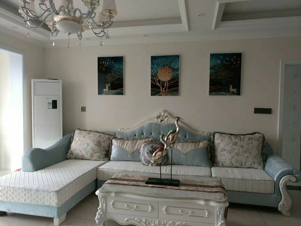 三桥附近 精装三室两厅两卫 房子非常漂亮!欢迎咨询了解!