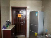 马路湾片区精装优质房源,房屋采光非常好,欢迎来电看房