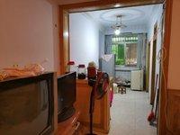 马路湾附近两室一厅简装房屋出售