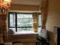 金外滩精装大两室 现在只卖清水房的价格了 地段非常好 拎包入住