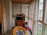 三桥片区黄金楼层精装修,卧室客厅都有空调,非常优质房源