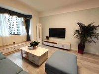 昌明河边,城市中央,精装两室,拎包入住,位置极佳。