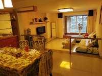 急售C2123宝龙广场傍120平米3室2厅2卫精装