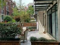 出售英伦庄园一期带前后花园3室2厅2卫240平米200万住宅