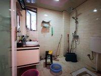 三室精装房,房东急售,拎包入住,价格超低