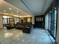 出售英伦庄园一期3室2厅2卫161平米260万住宅