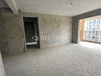 二桥片区品质小区滨江华城3b三室双卫现房,支持按揭,欢迎看房。