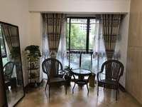 西山片区中央大道正宗3室带阳台,品质小区豪华装修,买到就是赚到