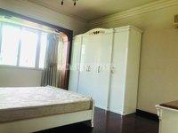 诗城本校旁边,大四房,每个卧室都带空调,拎包入住