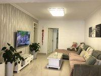 房屋精装修整洁大方家具家电空调拎包入住房东诚心出租价格可谈